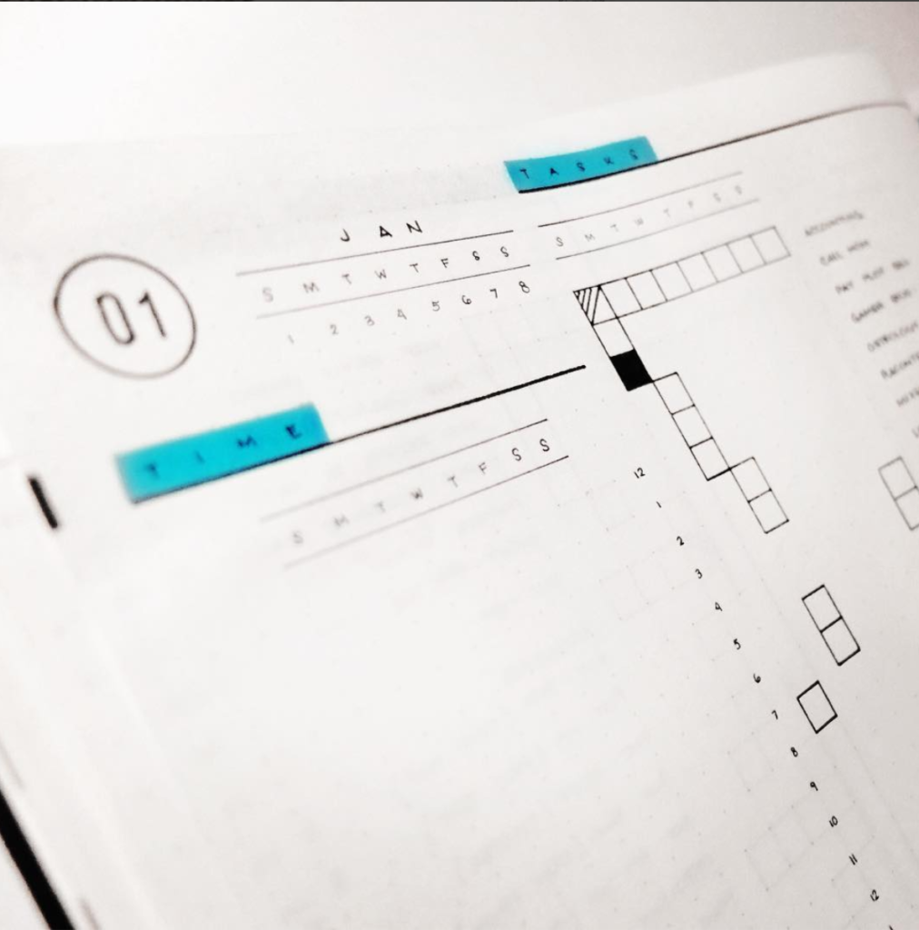 8 Amazing Minimalistic Bullet Journal Layouts - ForeverGoodLife