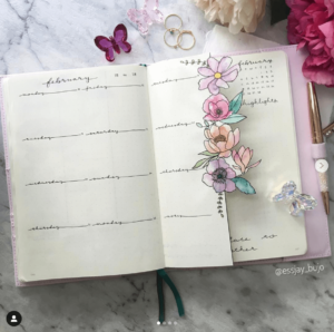 18 dutch door ideas for your Bullet Journal - to see all go to ForeverGoodLife.com - this one is by essjay_bujo